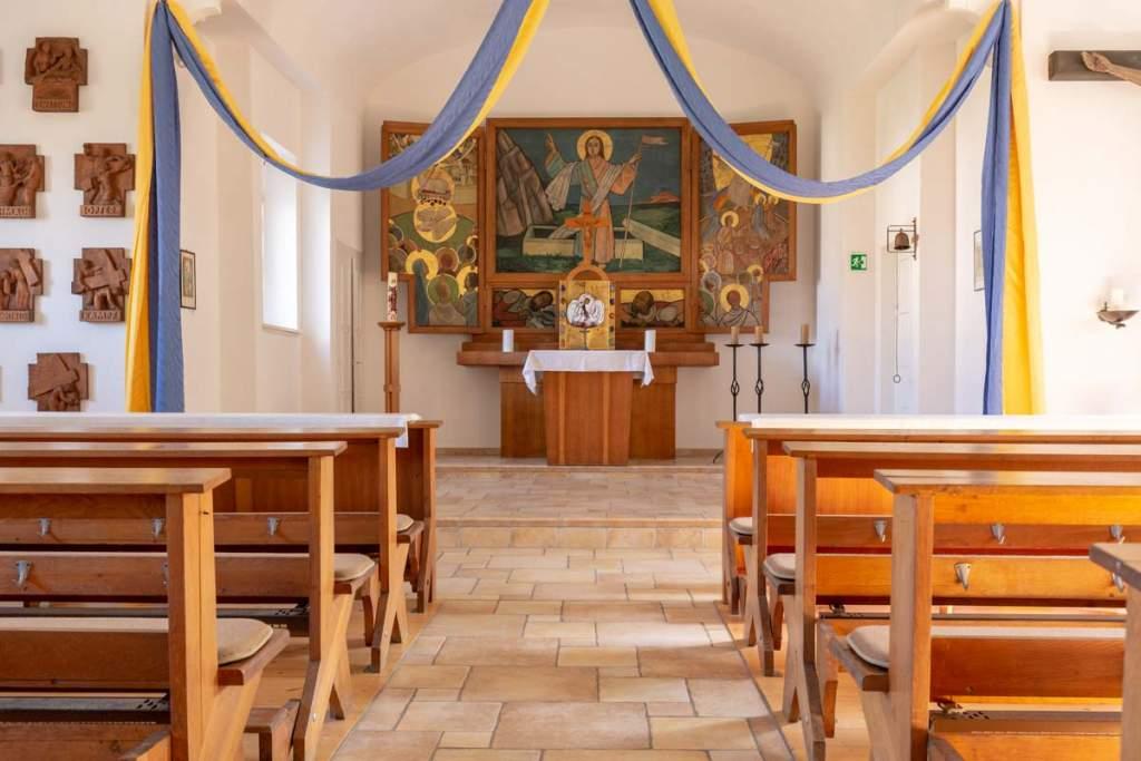 Kirche Neubiendorf innen