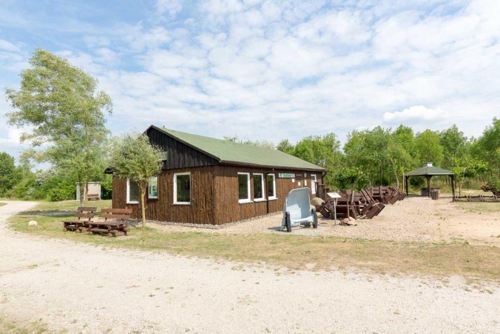 Wetterschutzhütte am Geiseltalsee
